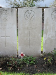 Grave of Pte Thomas Foley DCM, 7114, 1st Battalion The Cheshire Regiment, Poperinghe Old Military Cemetery